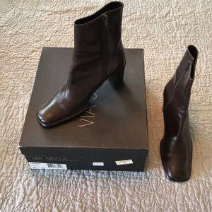 🌺 Via Spiga Brown Calf Length Heeled Boots VTG 🌺